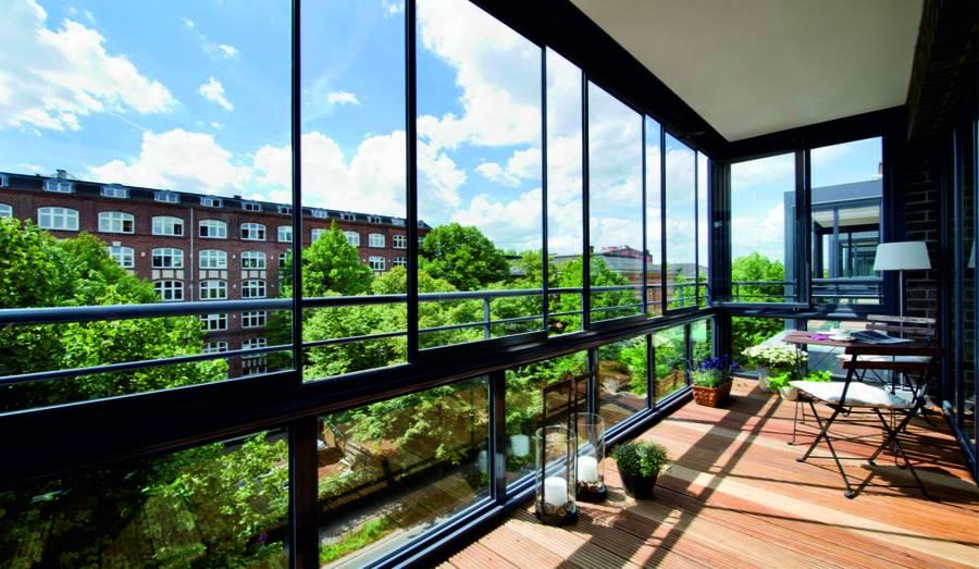 rollladenland loggia terrassen verglasungen. Black Bedroom Furniture Sets. Home Design Ideas